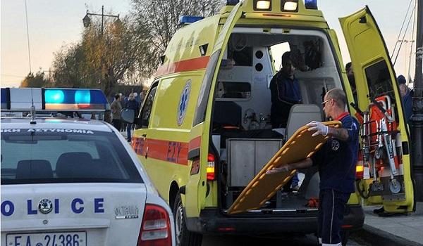 Τροχαίο στη Συγγρού: Γιαγιά με εγγόνι παρέσυρε η μηχανή - Μεταφέρονται στο νοσοκομείο