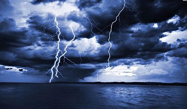 Αλλάζει ο καιρός: Άνεμοι έως 7 μποφόρ και καταιγίδες την Τετάρτη