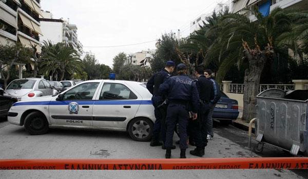Συναγερμός για βόμβα έξω από σπίτι του αντεισαγγελέα Ντογιάκου στον Βύρωνα