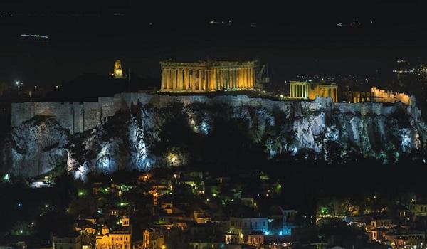 Η πιο επιτυχημένη χρονιά όλων των εποχών για τον ελληνικό τουρισμό
