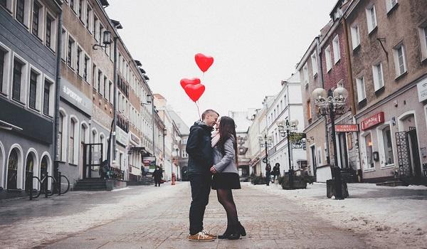 Άγιος Βαλεντίνος: Η ιστορία πίσω από την ημέρα των ερωτευμένων