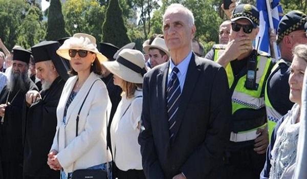 Αποδοκίμασαν το Βαρεμένο μετά την παρέλαση στη Μελβούρνη