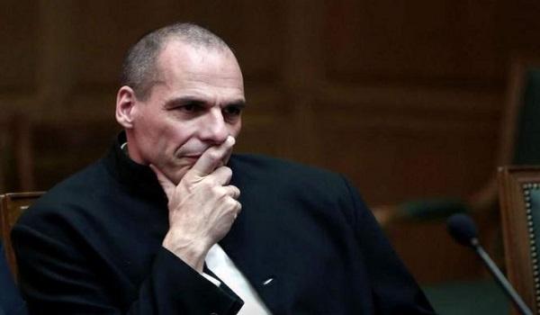 Βαρουφάκης: Ο Ασάνζ ενδιαφέρθηκε να με γνωρίσει επειδή ξεμπρόστιασα τους ΥΠΟΙΚ της Ευρωζώνης