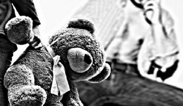 Λαμία: Το πόρισμα επιβεβαιώνει την κακοποίηση της 7χρονης από τον παππού