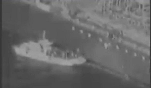 Ένταση στο κόλπο του Ομάν: Επιμένουν οι ΗΠΑ για τις επιθέσεις σε τάνκερ - βίντεο ντοκουμέντο με Ιρανούς