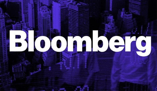 Bloomberg: Η ξενοφοβική ρητορική των δεξιών λαϊκιστών είναι επικίνδυνη και αυτοαναιρούμενη