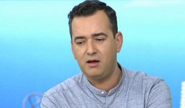 Άγγελος Μπράτης: Επειδή είμαι γκέι δεν ενδιαφέρονται τα media για μένα