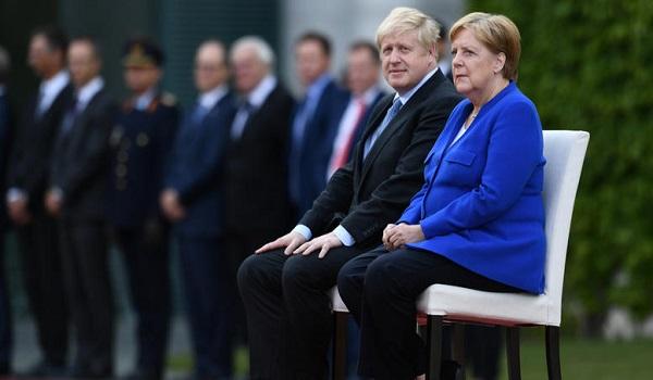 Sunday Telegraph: Ο Τζόνσον θα πει «δεν μπορώ να σταματήσω το Brexit», σε Μακρόν και Μέρκελ