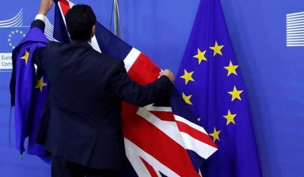 """ΕΕ: """"Ναι"""" επί της αρχής σε νέα παράταση για το Brexit"""