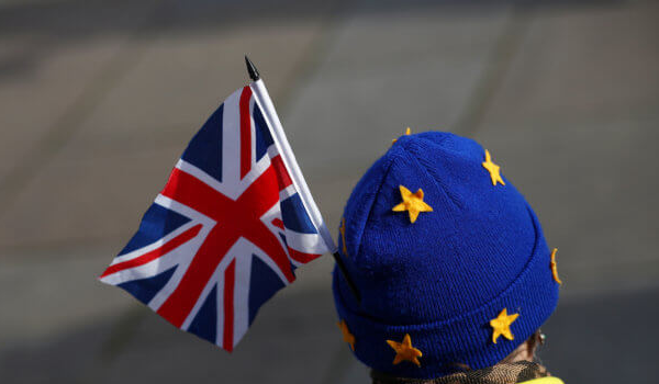 Brexit: Τι θα γίνει με τα δίδακτρα των φοιτητών από την ΕΕ που σπουδάζουν στη Βρετανία