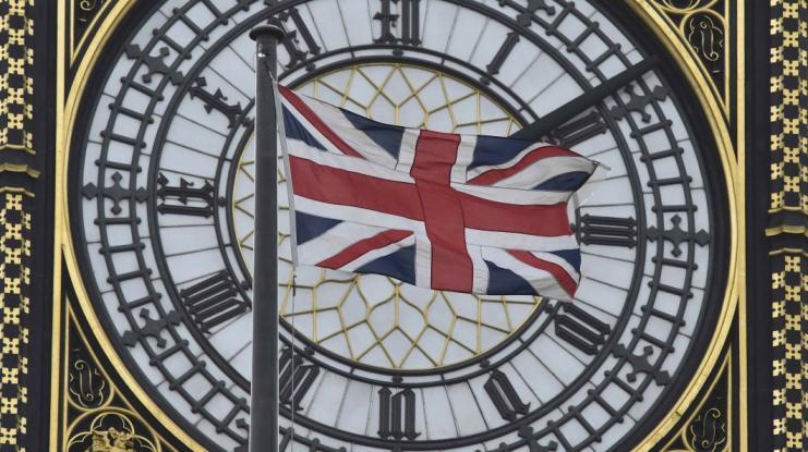 Κορονοϊός - Βρετανία: «Καμπανάκι» από Έλληνα γιατρό - «Η καμπύλη των κρουσμάτων δείχνει ότι πάμε όπως η Ιταλία»
