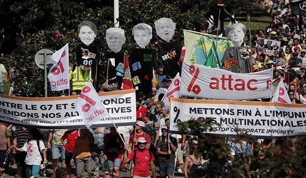 G7: Χιλιάδες διαδηλωτές στους δρόμους  κατά της οικονομικής και κλιματικής πολιτικής