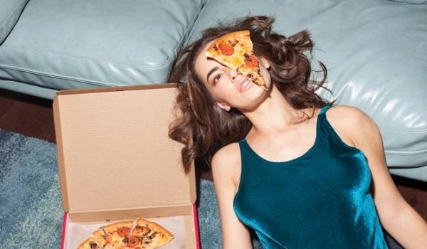 Οι πέντε τροφές που αυξάνουν τις καύσεις λίπους και κάνουν εύκολη τη δίαιτα