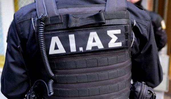Λαμία: Οι δράστες δεν πήραν μόνο λεφτά αλλά και λουκάνικα