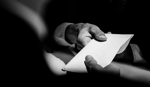 Οι ελεγκτές, οι ελεγχόμενοι και η νέα αρχή κατά της διαφθοράς