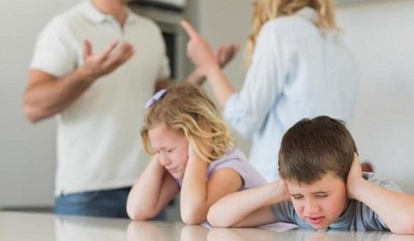 Διαζύγιο: Σε ποια ηλικία είναι πιο επίπονο για τα παιδιά - Τι λένε οι ειδικοί