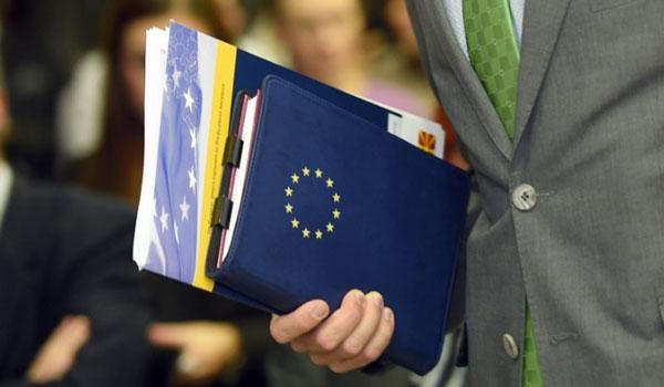 Ώρα αποφάσεων στην ΕΕ για μέτρα κατά της Τουρκίας: Με κοινή γραμμή οι τρεις αρχηγοί
