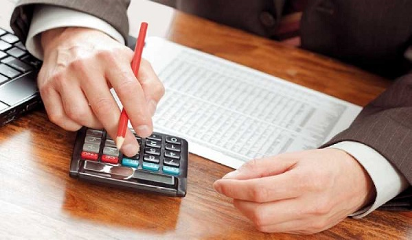 Οι μεταβολές στη φορολογία των επιχειρήσεων και πότε εφαρμόζονται