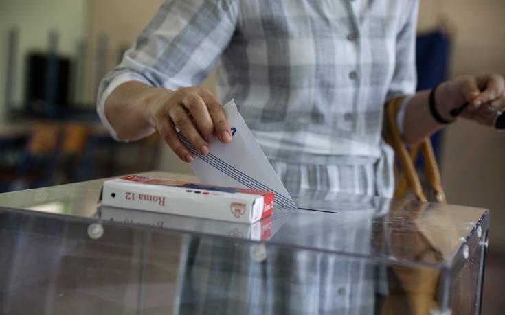 Εξάρχεια: Την Κυριακή οι εκλογές στο τμήμα που εκλάπη η κάλπη
