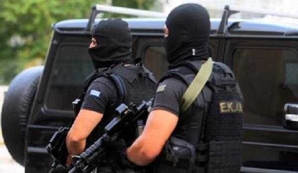 Αντιτρομοκρατική: Στον Γιαγτζόγλου κατέθεταν τα χρήματα οι 14 συλληφθέντες