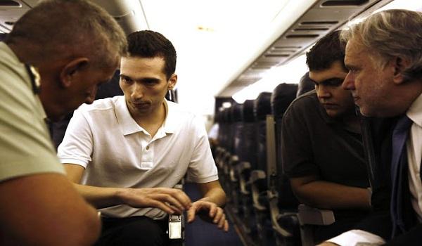 Η πρώτη μαρτυρία των 2 στρατιωτικών  στην πτήση της επιστροφής