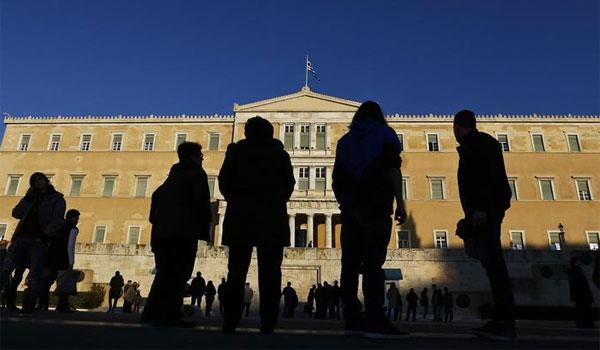Εκθεση - σοκ: Μείωση πληθυσμού των Ελλήνων κατά 2,5 εκατ. έως το 2050