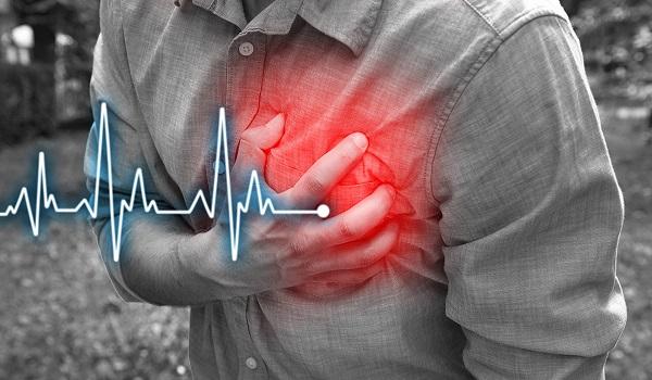 Πόνος στο στήθος: Οι 8 σοβαρές αιτίες πλην του εμφράγματος