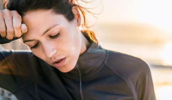 Πρόωρη εμμηνόπαυση: Για ποια μορφή καρκίνου αυξάνει τον κίνδυνο