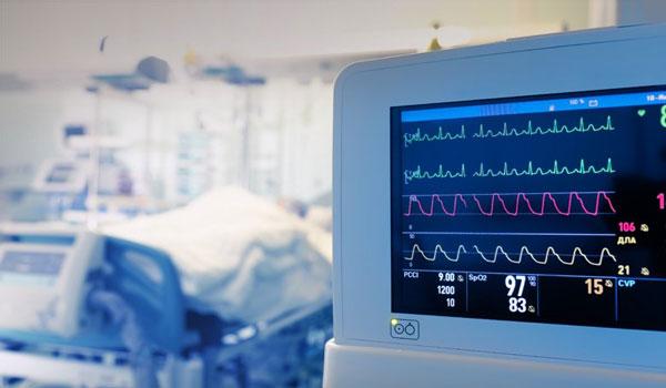 Μάχη με τη γρίπη αλλά χωρίς ΜΕΘ. 4 νεκροί σε μια εβδομάδα
