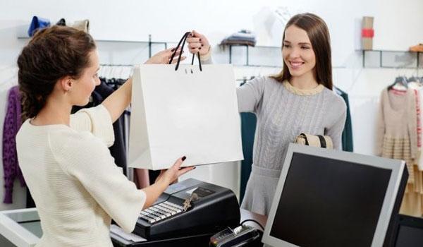 Εργασιακά δικαιώματα: Τι λέει ο νόμος για το διάλειμμα του υπαλλήλου σε κατάστημα