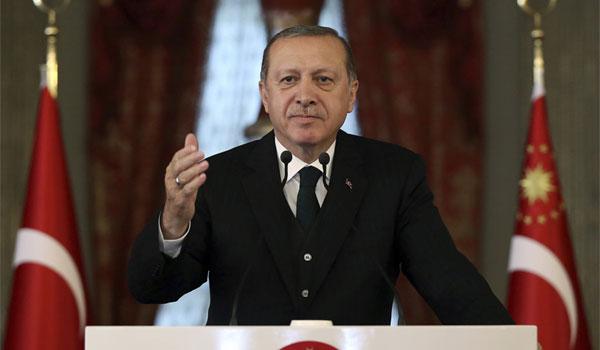 Guardian: Τι επιδιώκει ο Ερντογάν με τις πρόωρες εκλογές