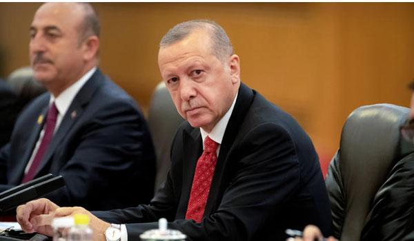 Προκαλεί ο Ερντογάν: Δεν συζητάμε τα κυριαρχικά μας δικαιώματα