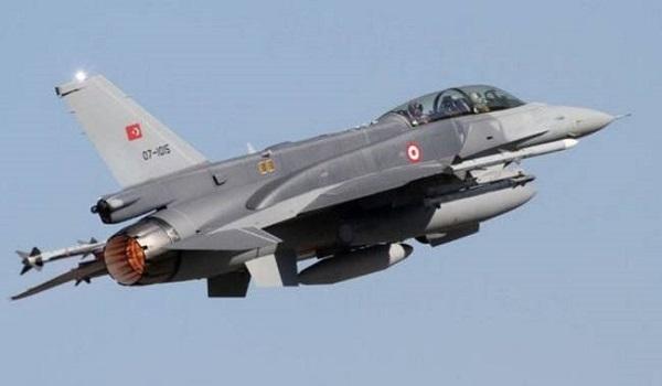 Νέες προκλήσεις στο Αιγαίο - Tουρκικά F-16 πέταξαν πάνω από Οινούσσες και Παναγιά