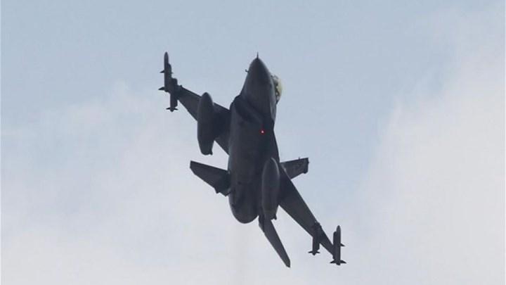 Σκληρές αερομαχίες στο Αιγαίο με οπλισμένα μαχητικά