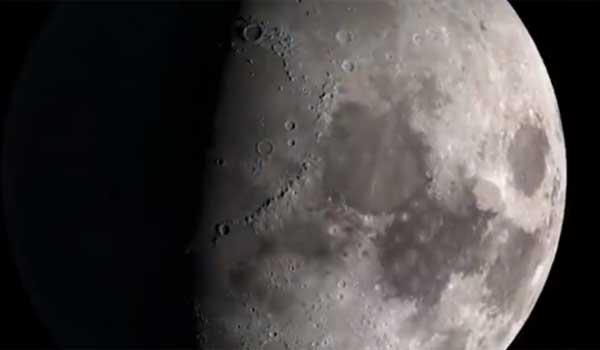 Ενα υπέροχο ψηφιακο ταξίδι στο φεγγάρι με τη βοήθεια της ΝΑSA. Βίντεο