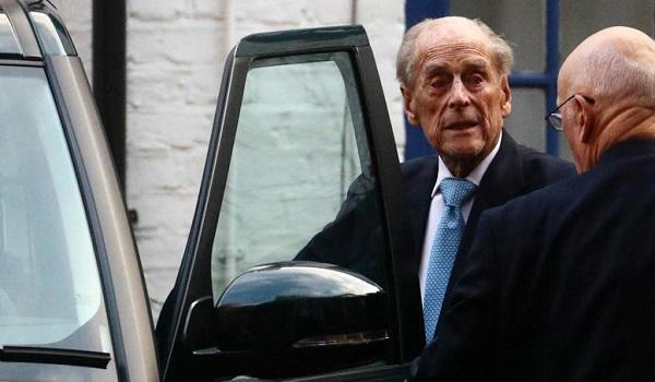 Γιατί ο Κάρολος της Αγγλίας δεν έχει γίνει βασιλιάς