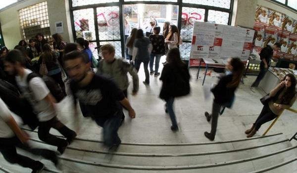 Μετεγγραφές: Έμφραγμα στα κεντρικά ΑΕΙ φέρνουν οι ρυθμίσεις Γαβρόγλου