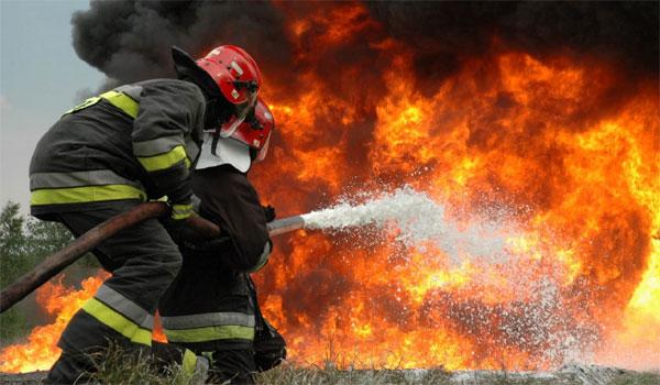 Σε ύφεση η φωτιά στην Κλειτορία Καλαβρύτων