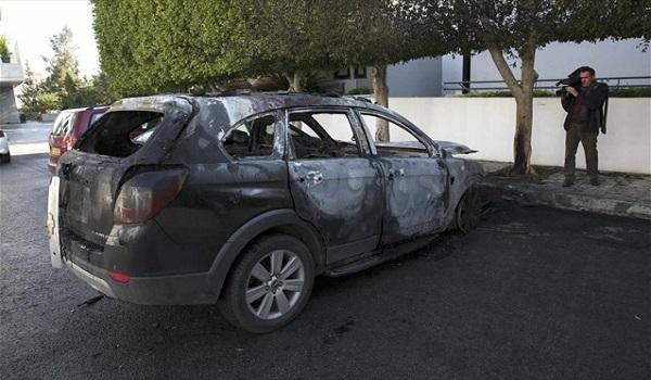 Πάτρα: Γιατρός έσωσε μάνα και παιδί από φλεγόμενο όχημα