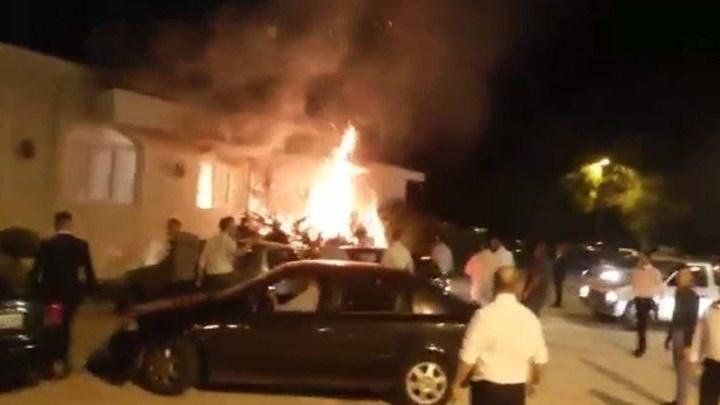 Λάρισα: Ξέσπασε φωτιά κατά τη διάρκεια γαμήλιου γλεντιού. Βίντεο
