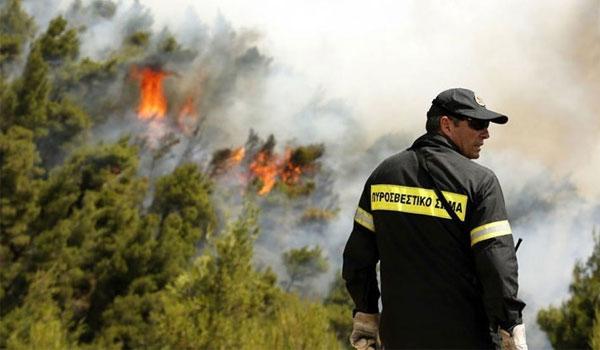 Χωρίς ενεργό μέτωπο φωτιάς στη Ζάκυνθο, συνεχίζονται οι προσπάθειες στο Λουτράκι