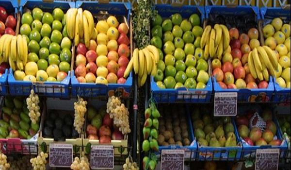 Γιατρός προειδοποιεί πως ο κορονοϊός ζει πάνω φρούτα και λαχανικά. Τι προτείνει;