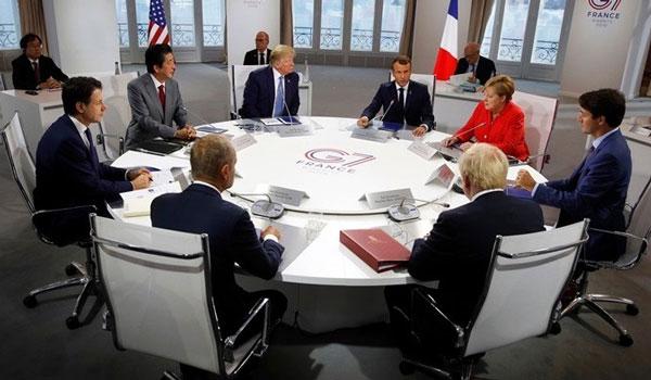Μακρόν: Οι G7 συμφώνησαν να βοηθήσουν τις χώρες που επλήγησαν από τις πυρκαγιές στην Αμαζονία
