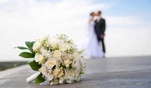 Βουλευτίνα της ΝΔ παντρεύεται τον καλό της πρώην βουλευτή του ΠΑΣΟΚ