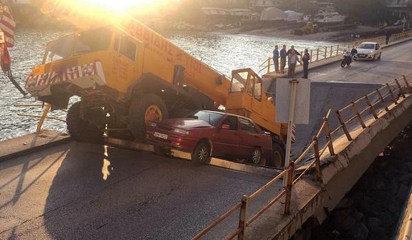Κατέρρευσε τμήμα γέφυρας στην Καβάλα - Κινδύνευσαν οδηγοί