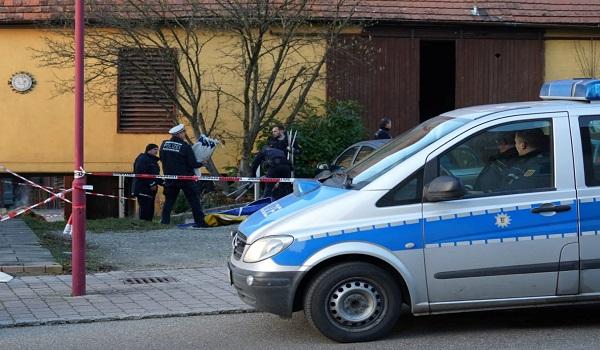 Εκτέλεσε γονείς και συγγενείς και κάλεσε την αστυνομία - Σοκάρουν οι αποκαλύψεις για το μακελειό στο Ροτ αμ Ζέε