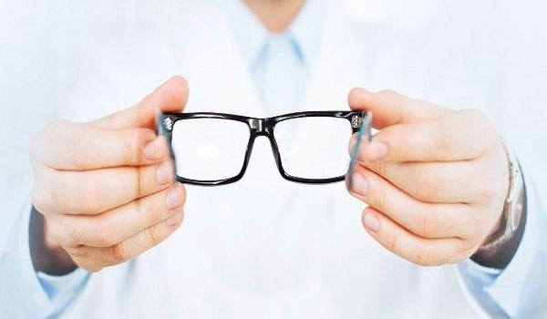 5d7582406e ΕΟΠΥΥ  Συνεχίζεται το αλαλούμ με τις αποζημιώσεις γυαλιών οράσεως - Τι  ισχύει τελικά