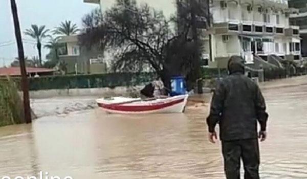 Η κακοκαιρία σάρωσε την Κρήτη: Πλημμυρισμένα σπίτια, απεγκλωβισμοί και καταστροφές