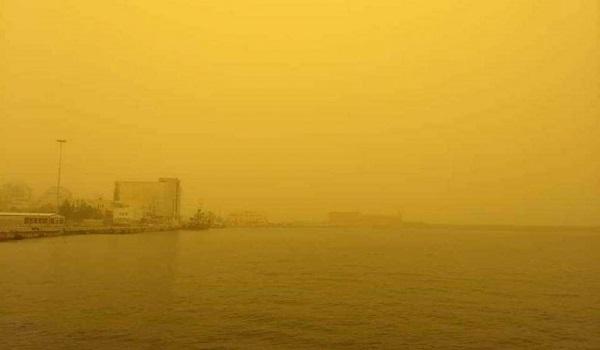 Η Κρήτη έγινε Σαχάρα - Θυελλώδεις άνεμοι και  αποπνικτική ατμόσφαιρα