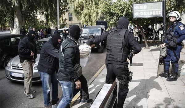 Κύπρος: Συνελήφθη στρατιώτης για κατάθεση χρημάτων στον Γιαγτζόγλου